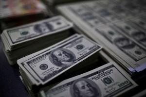 A pesar del aumento del encaje, los bolívares seguirán persiguiendo créditos (Análisis)