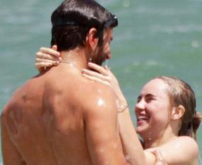 Bradley Cooper ya no oculta su nuevo romance (Fotos)