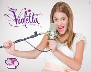 Violetta llega con su show en Vivo