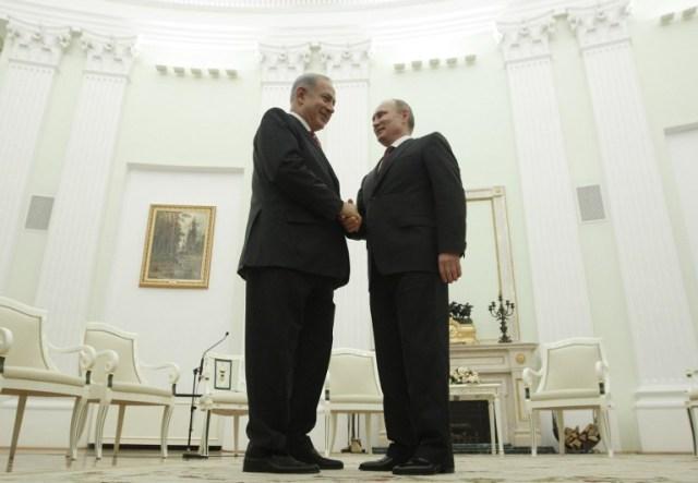 Benjamín Netanyahu y Vladimir Putin /  AFP PHOTO/ POOL/ MAXIM SHEMETOV