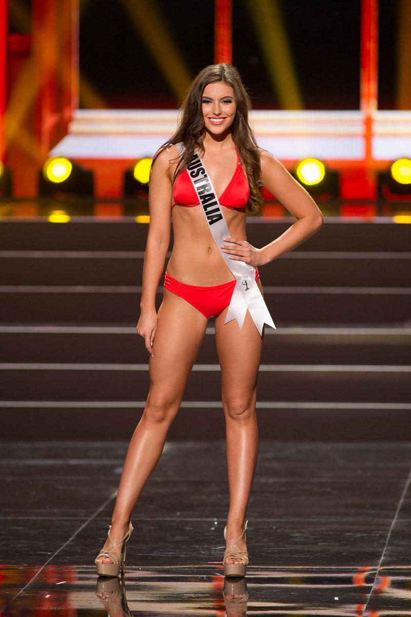 265ff4ad3 Date un gustazo con las concursantes al Miss Universo en traje de ...