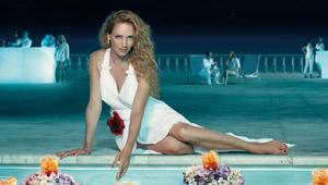 Uma Thurman se ve espectacular en el Calendario Campari 2014
