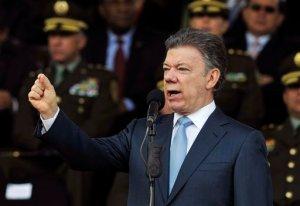Santos viaja a Estados Unidos para reunión con Obama