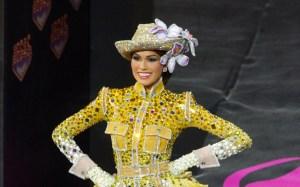 Miss Venezuela y su traje típico en Moscú (Fotos)