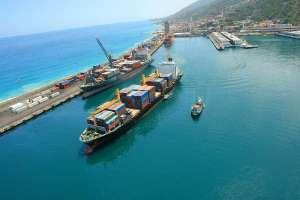 Actividad de puertos disminuyó 17,6 % debido a falta de dinamismo en exportaciones