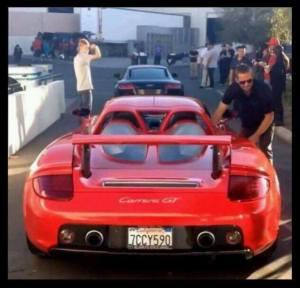 """Porsche en el que murió actor de """"Rápido y Furioso"""" iba a 160 km/h"""