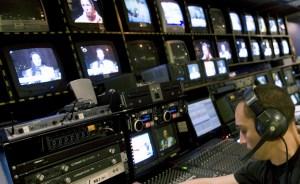 La pacificación es la excusa para arreciar el control mediático