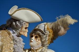 """El tradicional """"vuelo del ángel"""" lanzó el Carnaval de Venecia (Fotos)"""