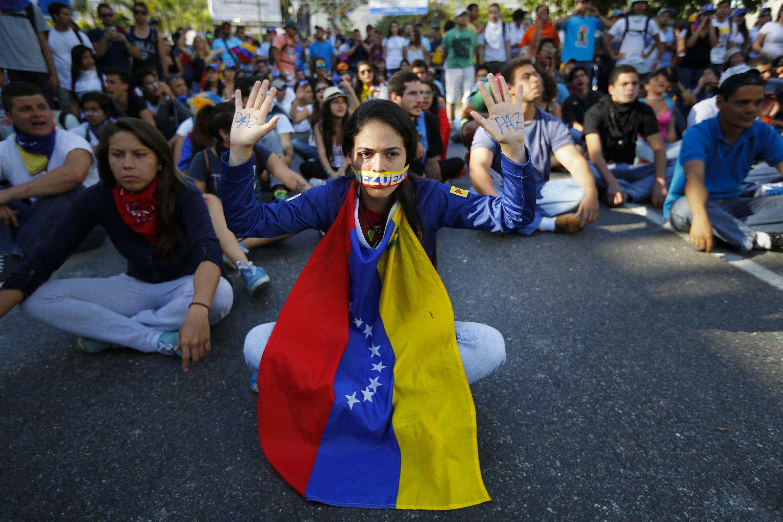 venezuelan people 2020 - HD3000×2000