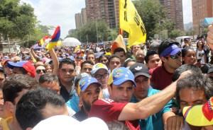Capriles en la marcha de este 12F (Fotos)