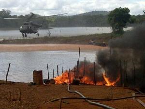 Fuerza Armada destruye seis campamentos de minería ilegal en Guayana (Foto)