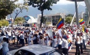 Estudiantes marcharán junto a trabajadores de la prensa este martes