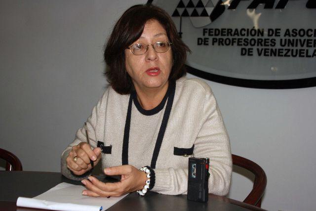 (Foto Profesora Keta Stephany, Secretaria de Actas de Fapuv)