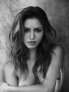 """Exquisito desnudo de """"Gigi"""""""