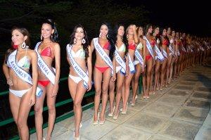 Hola, hola… las candidatas al Miss Carabobo en traje de baño (FOTOS)