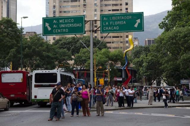 APAGÓN DEJA SIN LUZ VARIAS CIUDADES DEL CENTRO Y EL OCCIDENTE DE VENEZUELA