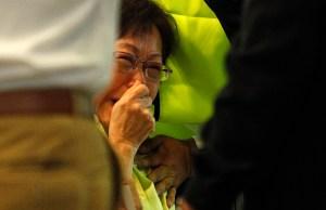 Familiares y amigos de las víctimas del MH17 piden consternados una investigación