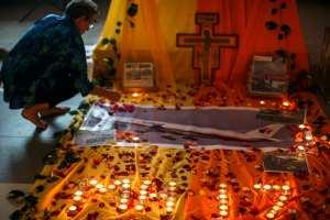 Vuelven las lágrimas y conmoción a Malaysia Airlines