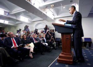 Obama: Putin debe controlar a los separatistas prorrusos en Ucrania