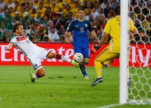En FOTOS: El golazo de Götze que sumó la cuarta Copa del Mundo a Alemania