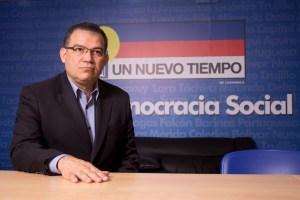 Enrique Márquez:  Sin Unidad es muy difícil superar el modelo del caos, la exclusión y la miseria