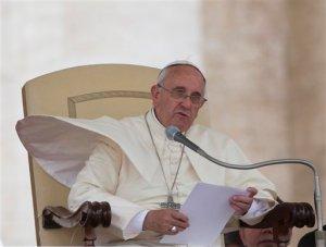 """Papa pide perdón por """"culto sacrílego"""" de abuso sexual en la Iglesia"""