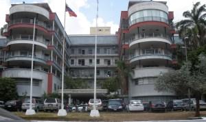 Rechazan agresiones contra trabajadores del Hospital Clínico Universitario durante protestas gremiales (Documento)