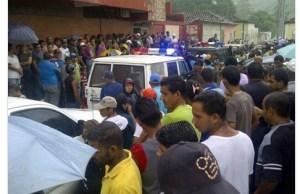 Habitantes de Río Caribe salen a la calle tras asesinato de su alcalde