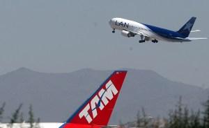 Latam Airlines acepta propuesta del Gobierno para pago de deuda