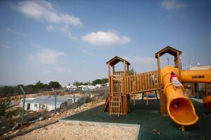 Israel expropia tierras cisjordanas para posibles asentamientos, EEUU critica anuncio