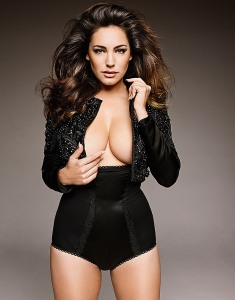 El calendario HOT 2015 de Kelly Brook promete (adelanto)