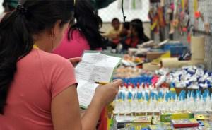Padres prevenidos comenzaron a comprar útiles escolares en marzo