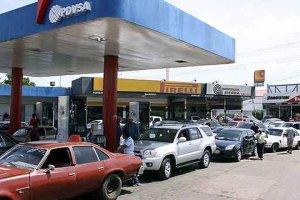 Comenzó horario nocturno en cinco gasolineras de San Cristóbal
