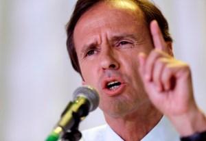 Opositor Quiroga se comerá su reloj si se confirma triunfo de Morales con 60%