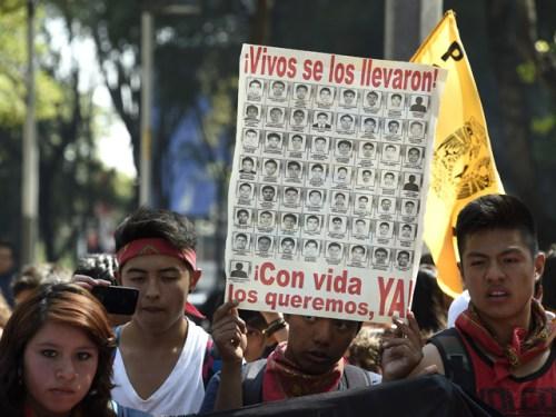 Estudiantes-Mexico-640