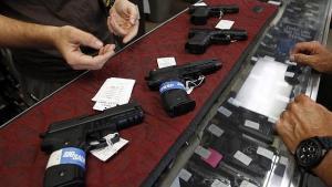 """Unas 175 mil armas se vendieron durante el """"viernes negro"""""""