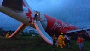 Avión de AirAsia se sale de pista de aterrizaje en Filipinas (Fotos)