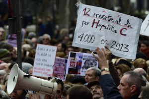 En Madrid, enfermos de hepatitis C protestan por falta de gasto en nuevos fármacos (Fotos)