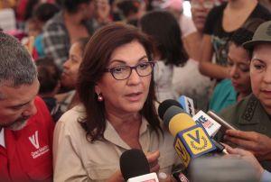 Jacquelíne Faría se reúne con representantes de Venevisión