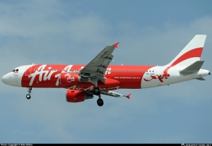Avión de AirAsia desaparece entre Indonesia y Singapur #QZ8501
