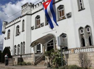 Artista cubana es liberada y detenida otra vez en ola represiva que reavivó roces con EEUU