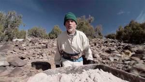 ¡Impresionante! Pasó 25 años tallando una increíble cueva subterránea (Foto + Video)