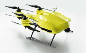 Ambulancia drone salva vidas llevando material médico (Video)