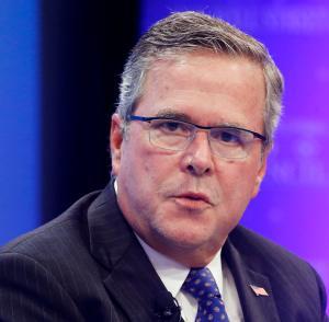 El aspirante a candidato presidencial,  Jeb Bush critica a Obama por acciones en inmigración