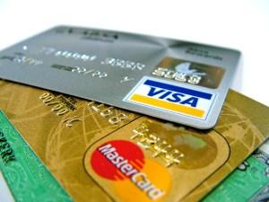 Visa y Mastercard suspenden sus servicios a los bancos rusos en Crimea