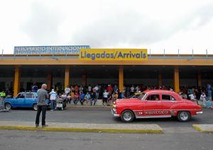 Oferta aérea de EEUU a Cuba se estabiliza en 135 mil asientos mensuales