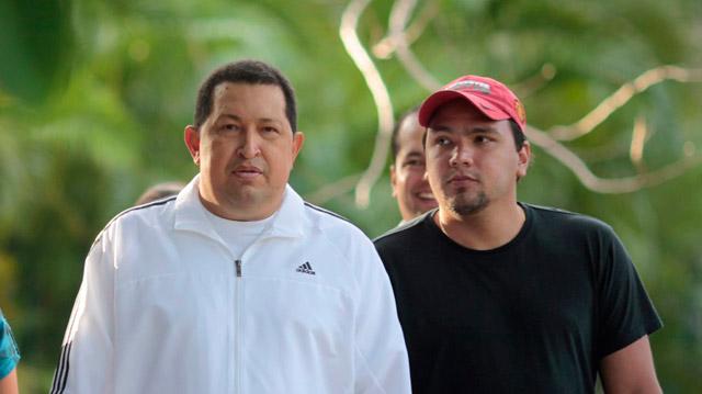 Chavez e hijo