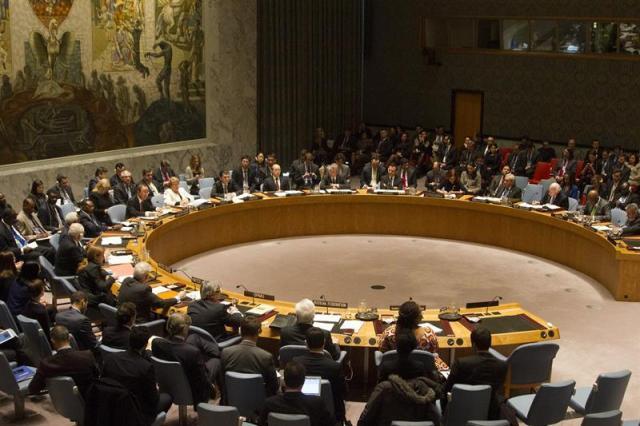 Vista general hoy, lunes 19 de enero de 2015, de una sesión especial del Consejo de Seguridad de las Naciones Unidas en Nueva York (EE.UU.) EFE/Miguel Rajmil[/caption]    El Consejo de Seguridad de la ONU discutirá el miércoles sobre la crisis en Venezuela, donde una ola de protestas desde el 1 de abril contra el gobierno de Nicolás Maduro deja 42 muertos, dijeron diplomáticos este martes.  <em data-recalc-dims=