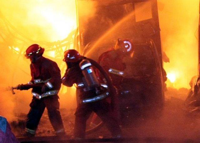 brasil-mueren-cuatro-menores-en-incendio-de-v-2521-jpg_654x469