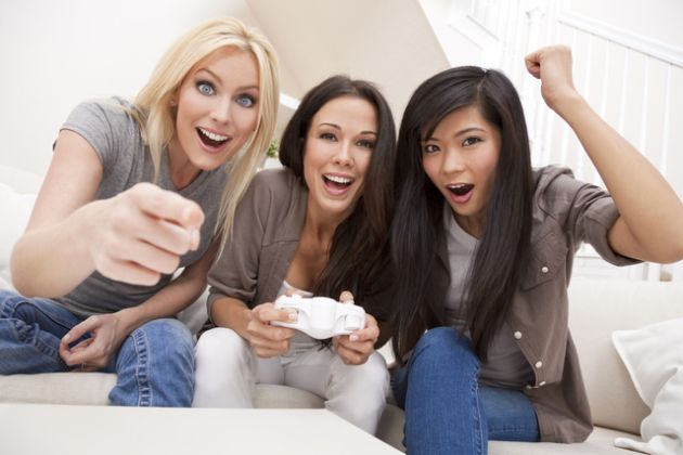 mujeres casa juego